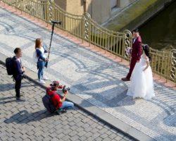Jak wykonać pomysłową fotografię ślubną?